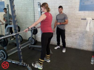 אימון עם שרוולי משקל המותאמים לצורך אימון פונקציונאלי