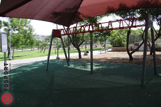 המתקן בפארק דוידוף - מבט לכיוון מזרח