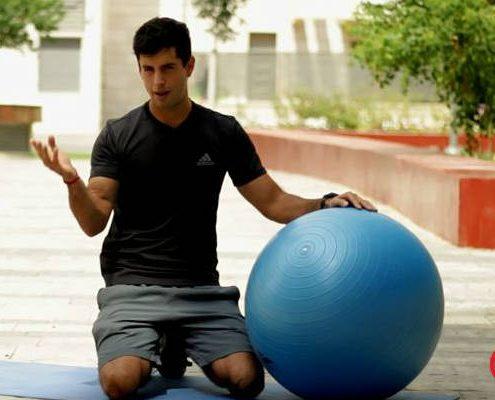 סרטון וידאו ומאמר לאתר ynet - אימון עם כדור פיזיו